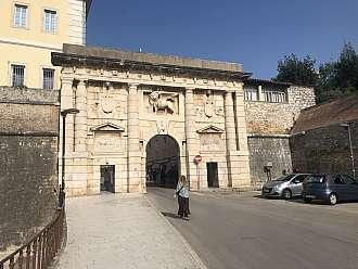 Kopnena vrata v Zadaru
