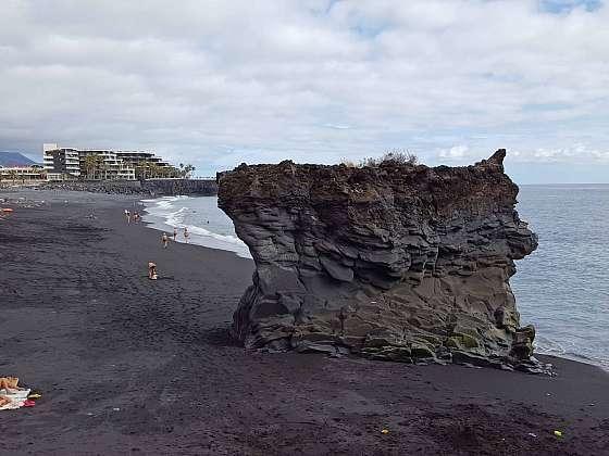 Zdejší pláž je nejdelší pláží na ostrově.