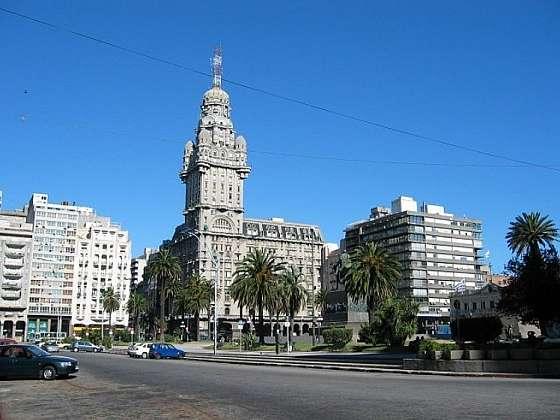 Montevideo aneb město ve stříbrné zátoce