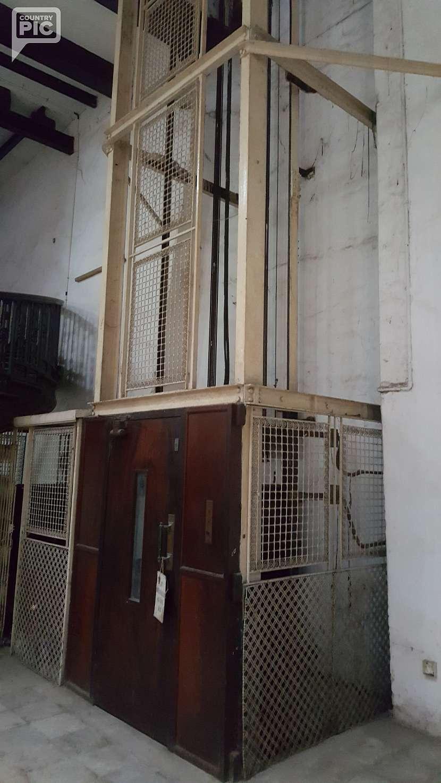 První elektrický výtah ve východní Africe.