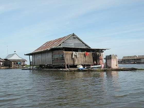 Život v plovoucích domech na jezeře Tempe, část 2.