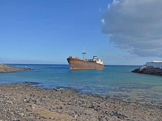 Vrak nákladní lodi Temple Hall na Lanzarote.