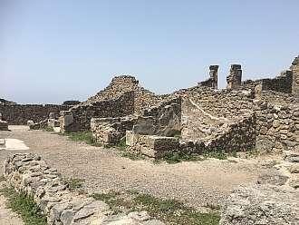 Pompeje - město zničené výbuchem sopky Vesuv