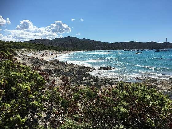 Pláž de Salecia. Zažili jsme tady opravdu velké vlny.