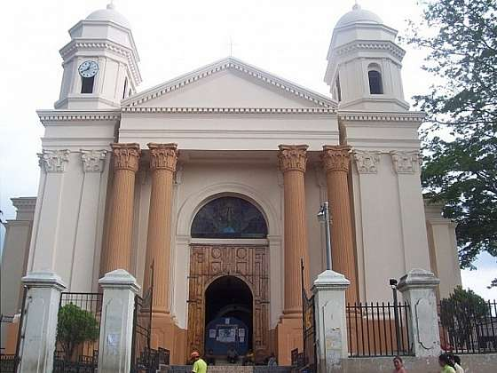 Juayúka - Katedrála s Černým Kristem