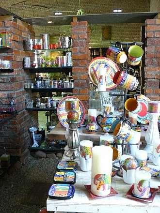 Ručně malované svíčky KAPULA zná celý svět